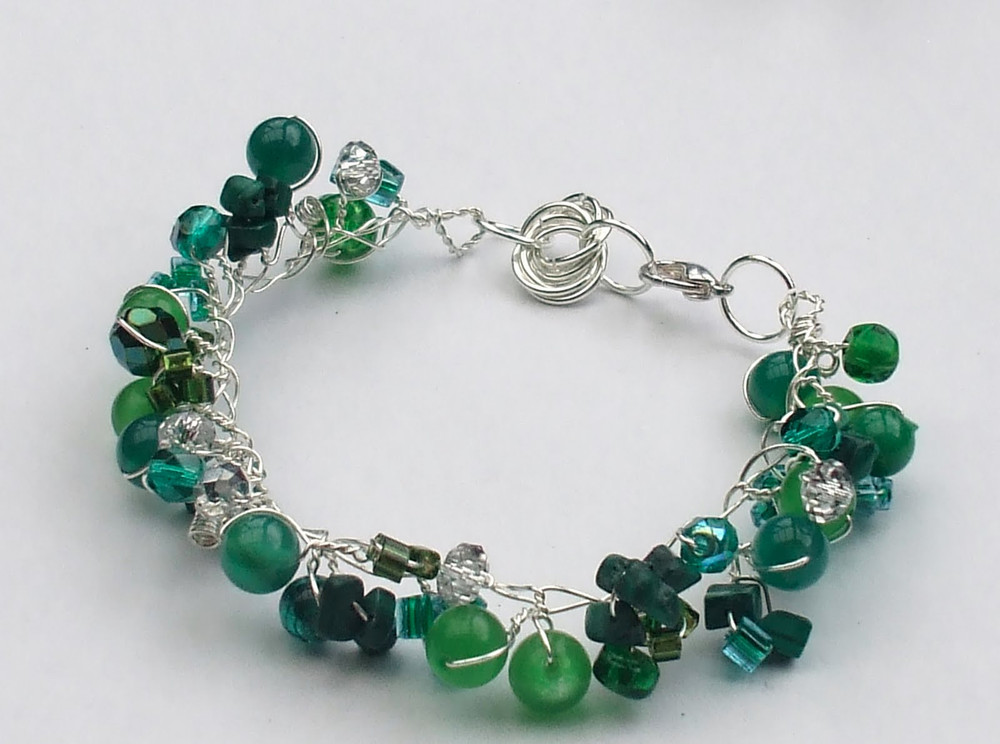 Twisted Wire and Bead Bracelet | AllFreeJewelryMaking.com