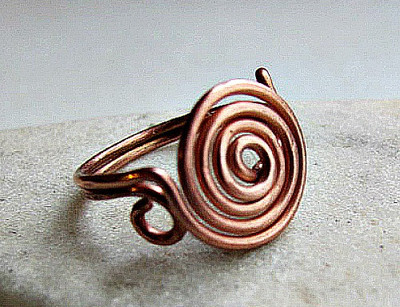 Wire Rings: 42+ Amazing Wire Ring Tutorials | AllFreeJewelryMaking.com