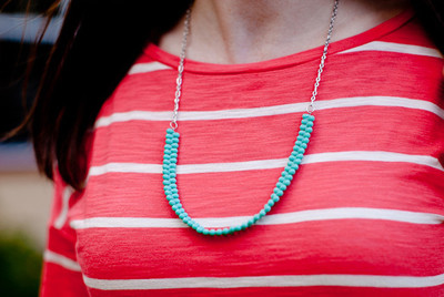 Super Easy Turquoise Bead Necklace