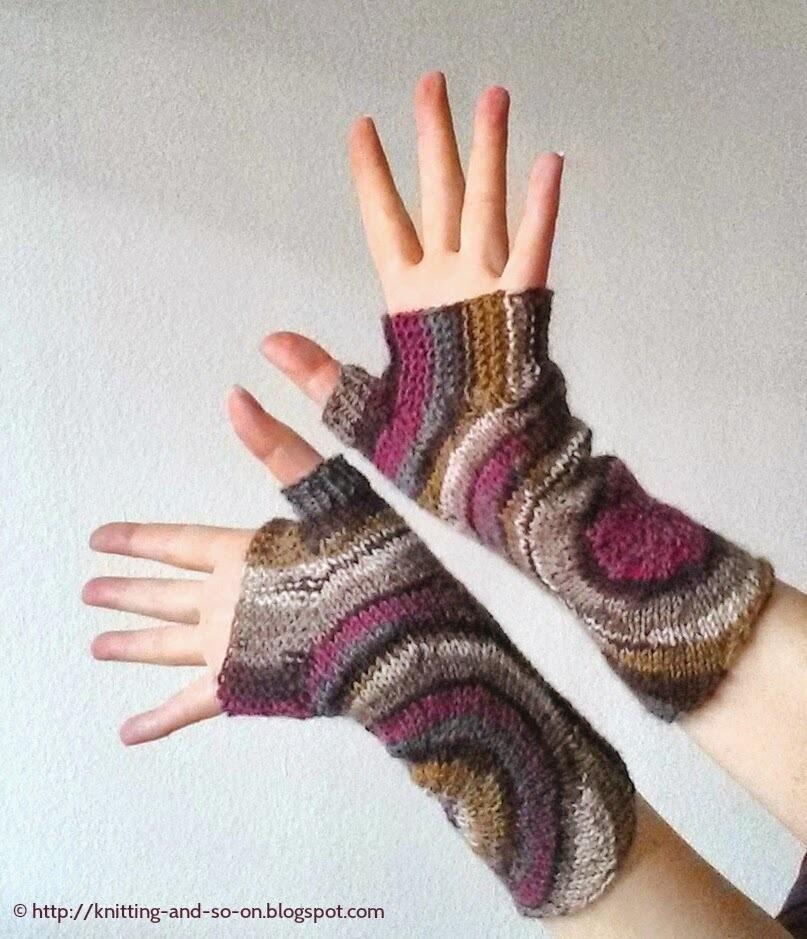 Ripple Effect Knit Fingerless Gloves AllFreeKnitting.com