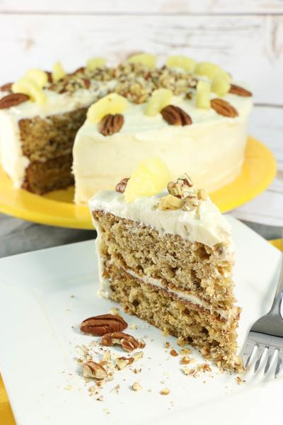 Old Fashioned Hummingbird Cake Favesouthernrecipes Com