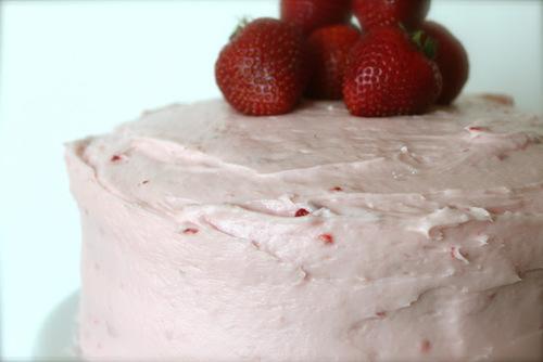 Strawberry Jello Cake Recipe From Scratch: Just Like Trisha Yearwood's Lemon Pound Cake Recipe