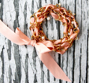How to Make a Wrap Bracelet with Ribbon and Chain
