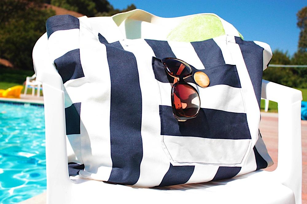 e997b34f592c DIY No-Sew Beach Bag
