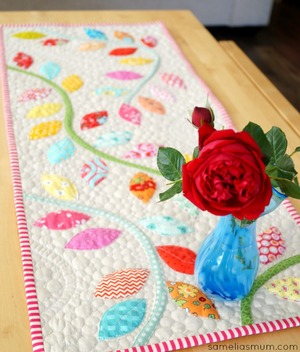 Bursting Buds Table Runner Pattern