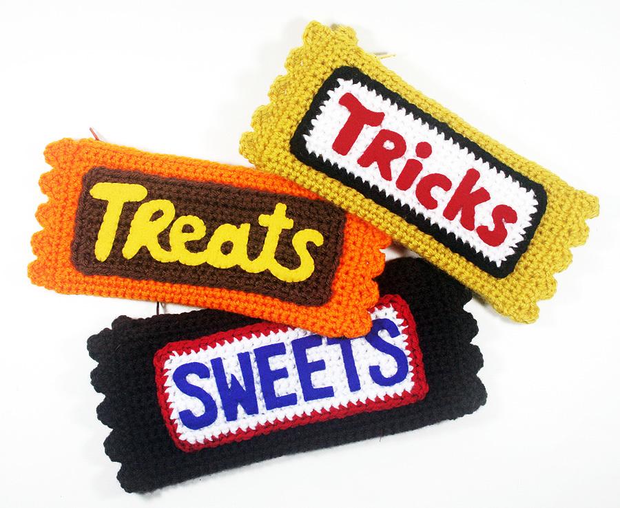 Crochet Candy Bar Clutch Allfreecrochet