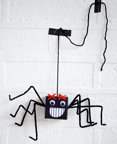 Goofy Cardboard Box Spiders