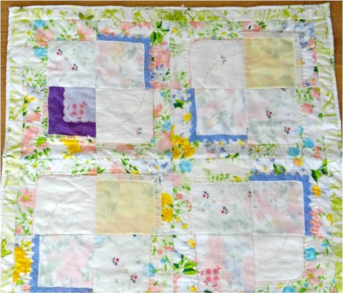 Vintage Hankies Baby Quilt Pattern | AllFreeSewing.com : vintage baby quilt patterns - Adamdwight.com