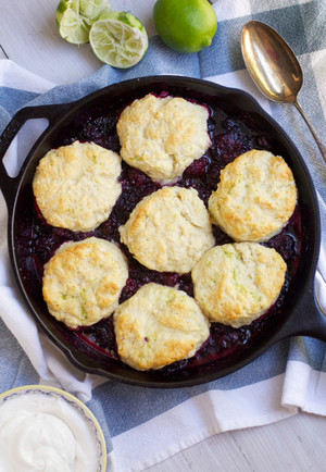 Blackberry Lime Cobbler