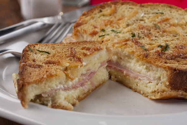 Farmhouse Ham and Cheese Bake