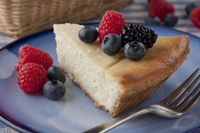Berry Trio Cheesecake Pie