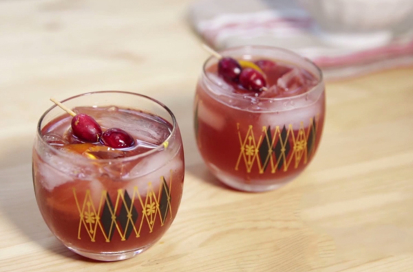 Cranberry Old Fashioned Cocktail Drink | AllFreeHolidayCrafts.com