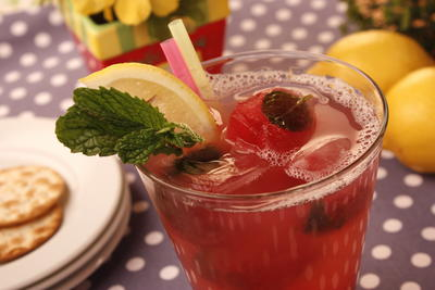Lemonade Cranberry Cooler