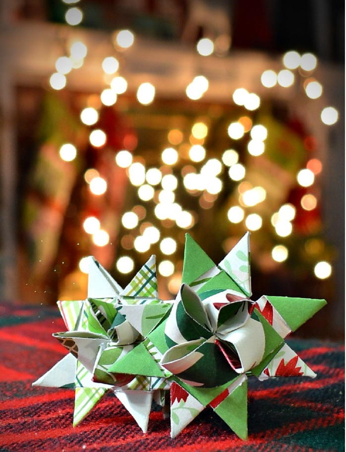 german paper stars if your christmas decorations - Free Christmas Decorations