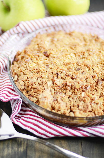 7 Apple Crisp Recipes, Plus 6 Apple Cobbler Recipes