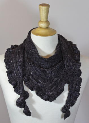 Free Knitting Pattern For A Scarf With Ruffle : Sweet Heart Ruffle Scarf AllFreeKnitting.com