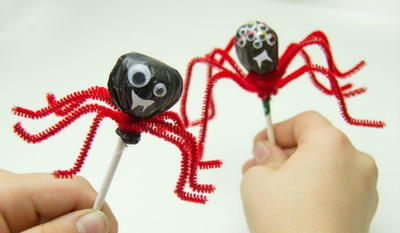 Halloween Lollipop Spiders
