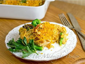Copycat Cracker Barrel Cheesy Chicken and Broccoli