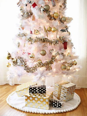 3 Easy No Sew Tree Skirts