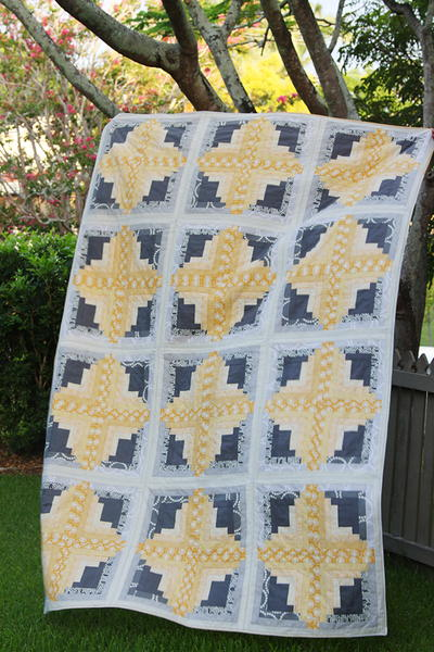 37 Free Log Cabin Quilt Patterns | FaveQuilts.com : easy log cabin quilt pattern - Adamdwight.com