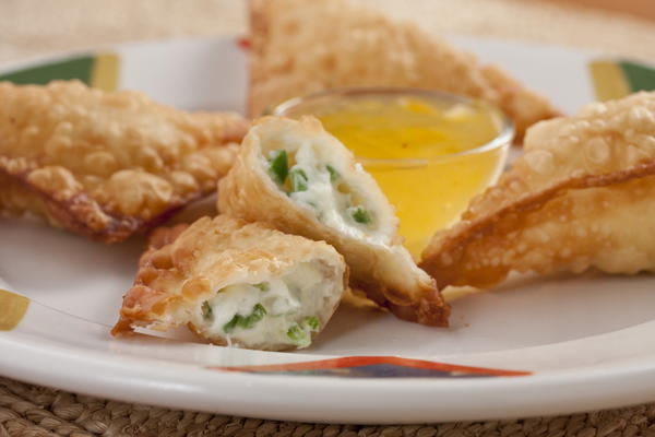 Crispy Cheese Poppers