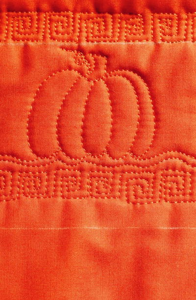 Pumpkin Free Motion Quilt