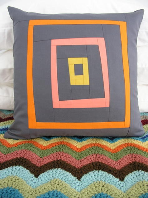Free-form Log Cabin Pillow | FaveQuilts.com