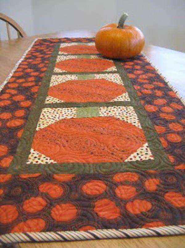 pumpkin table runner favequiltscom