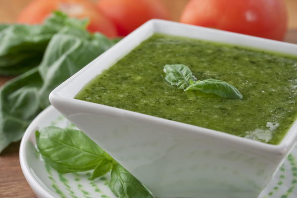 Fresh Pesto Sauce How to Make Pesto Sauce
