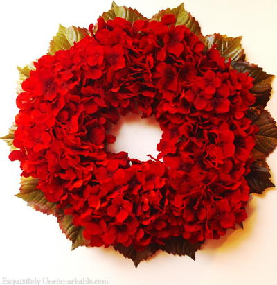 red hydrangea christmas wreath
