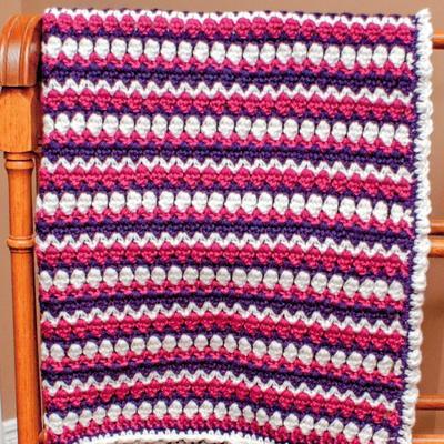 Fionas Zig Zag Baby Blanket Allfreecrochet