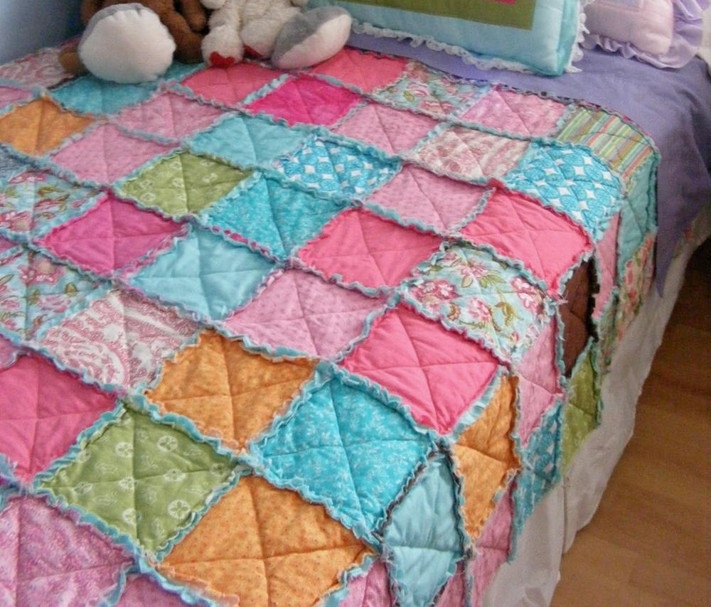 Easiest Thrifty Rag Quilt Favequilts Com