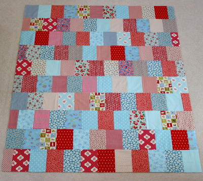 Easy as Pie Stash Quilt | FaveQuilts.com : fave quilts - Adamdwight.com