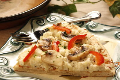 Mushroom Red Pepper Pizza