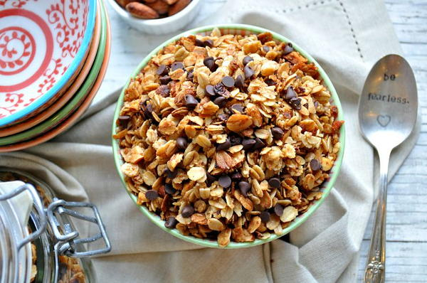 Make-Ahead Salted Caramel Almond Granola