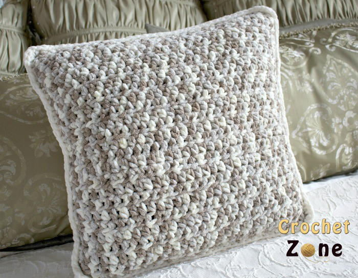 Beginner Crochet Pillow Patterns : Neutral Crochet Pillow Pattern AllFreeCrochet.com