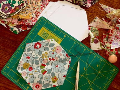 Hexagons Paper Piecing Tutorials