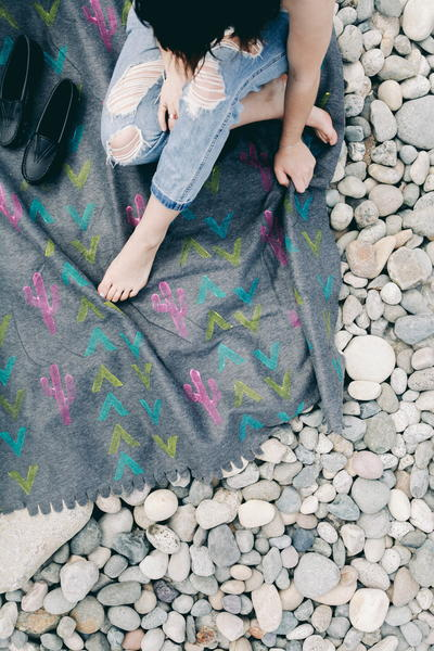 DIY Decorated Beach Blanket