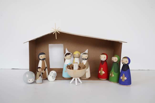 DIY Nativity Scene | DIYIdeaCenter.com