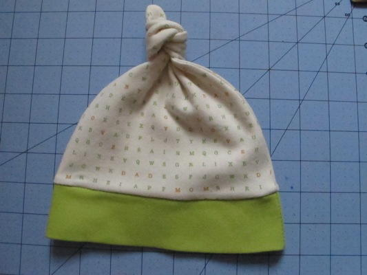 Baby Knot Hat Pattern And Tutorial Allfreesewing Com