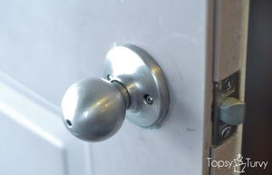 How to Change a Door Knob