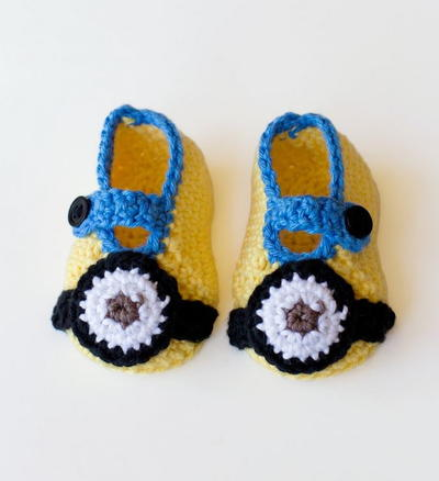 Crochet Minion Baby Booties