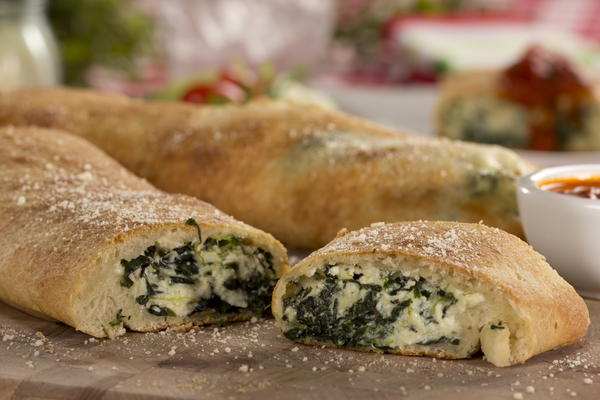 Spinach and Cheese Stromboli