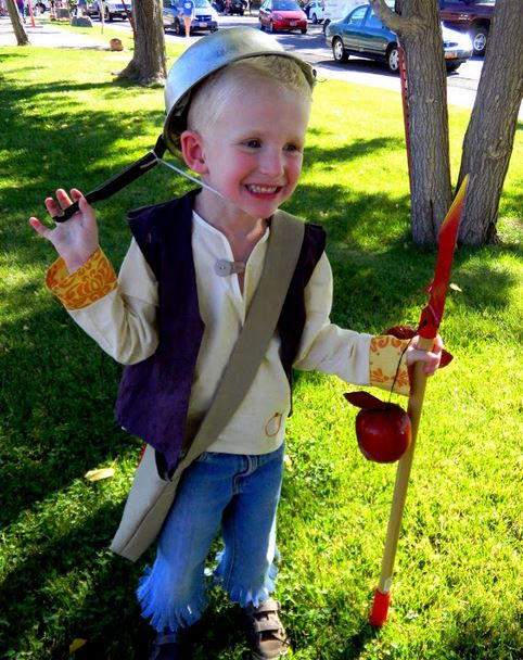 DIY Johnny Appleseed Costume