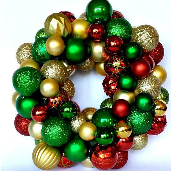 Dollar Store Christmas Lights Safe: Dollar Store Christmas Ornament Wreath