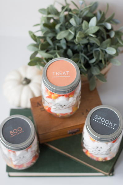 Halloween Mason Jar Treats + Free Printable Labels