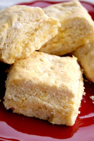 Thanksgiving-Worthy Cornmeal Biscuits
