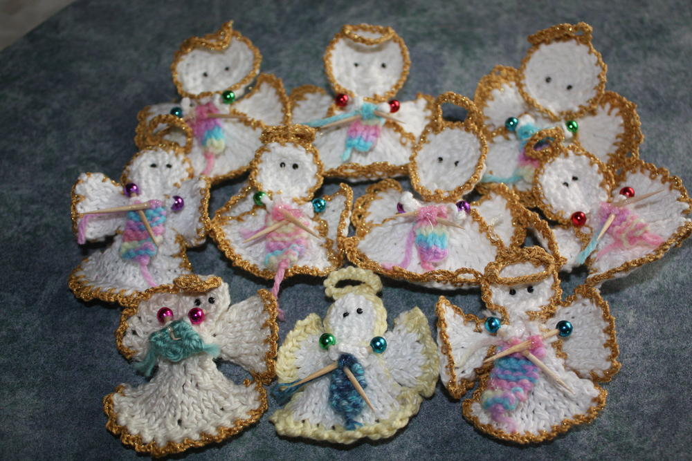 knit christmas angel ornament allfreeknittingcom