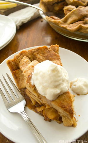 Bakery-Style Apple Pie