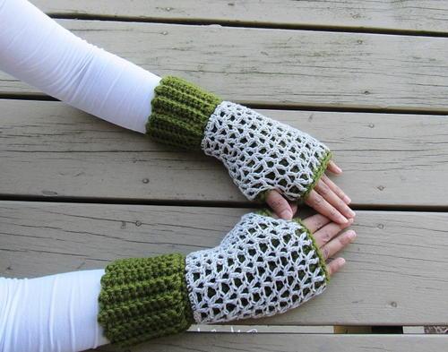 Claire Fingerless Mittens Pattern Allfreecrochet